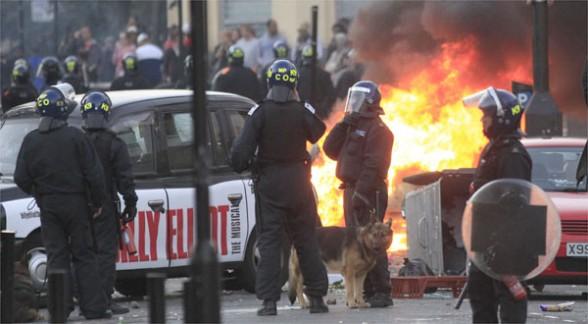 Reino Unido: autoridades de seguridad y ejecutivos de redes sociales se reunen para solucionar conflictos