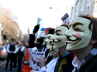 Anonymous estaría dividido a causa del ataque a Facebook