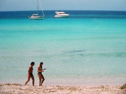 Uno de cada tres españoles llevó sus dispositivos de vacaciones