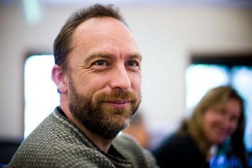 Según Jimmy Wales, el CEO de MPAA debería ser despedido