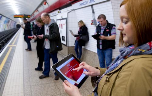 Londres tendrá redes WiFi en 80 estaciones de Metro