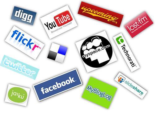 ¿Compartimos demasiado en las redes sociales?