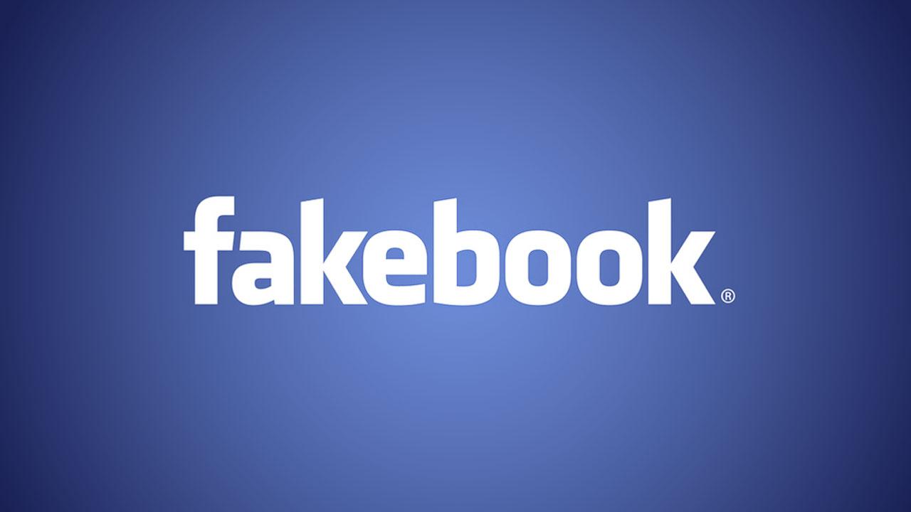 ¿Es antirreligioso navegar por Facebook?