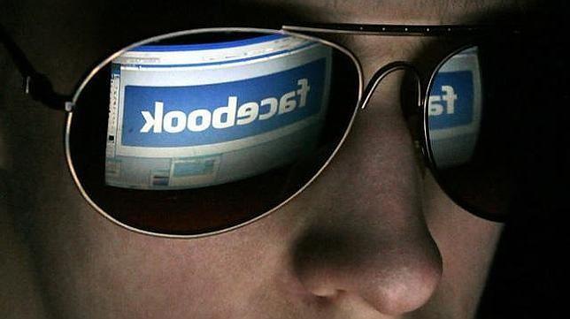 Una aplicación nos permite saber a quién espiamos más en Facebook