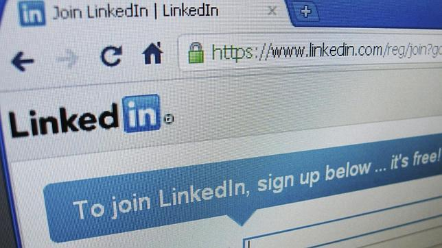 Linkedin Resume Builder, convierte tu perfil de LinkedIn en un CV en papel