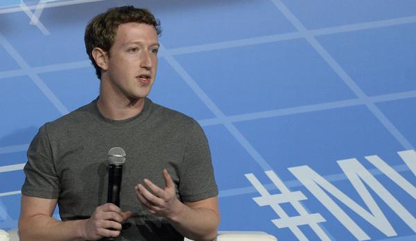 Zuckerberg ofrece detalles de la compra de WhatsApp