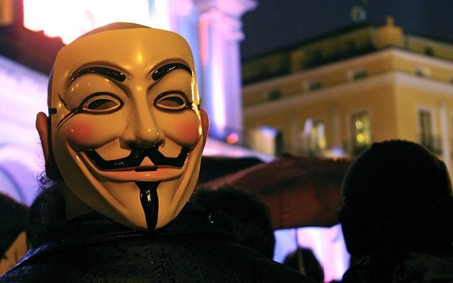 Anonymous NO acabará hoy con Facebook