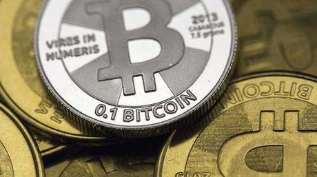 Conoce al holandés que se colocó chips en las manos para almacenar bitcoins