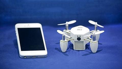 Conoce a Zano, el mini drone que vuela solo